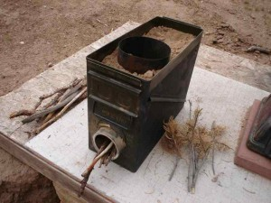 Improvised Ammo Can Rocket Stove